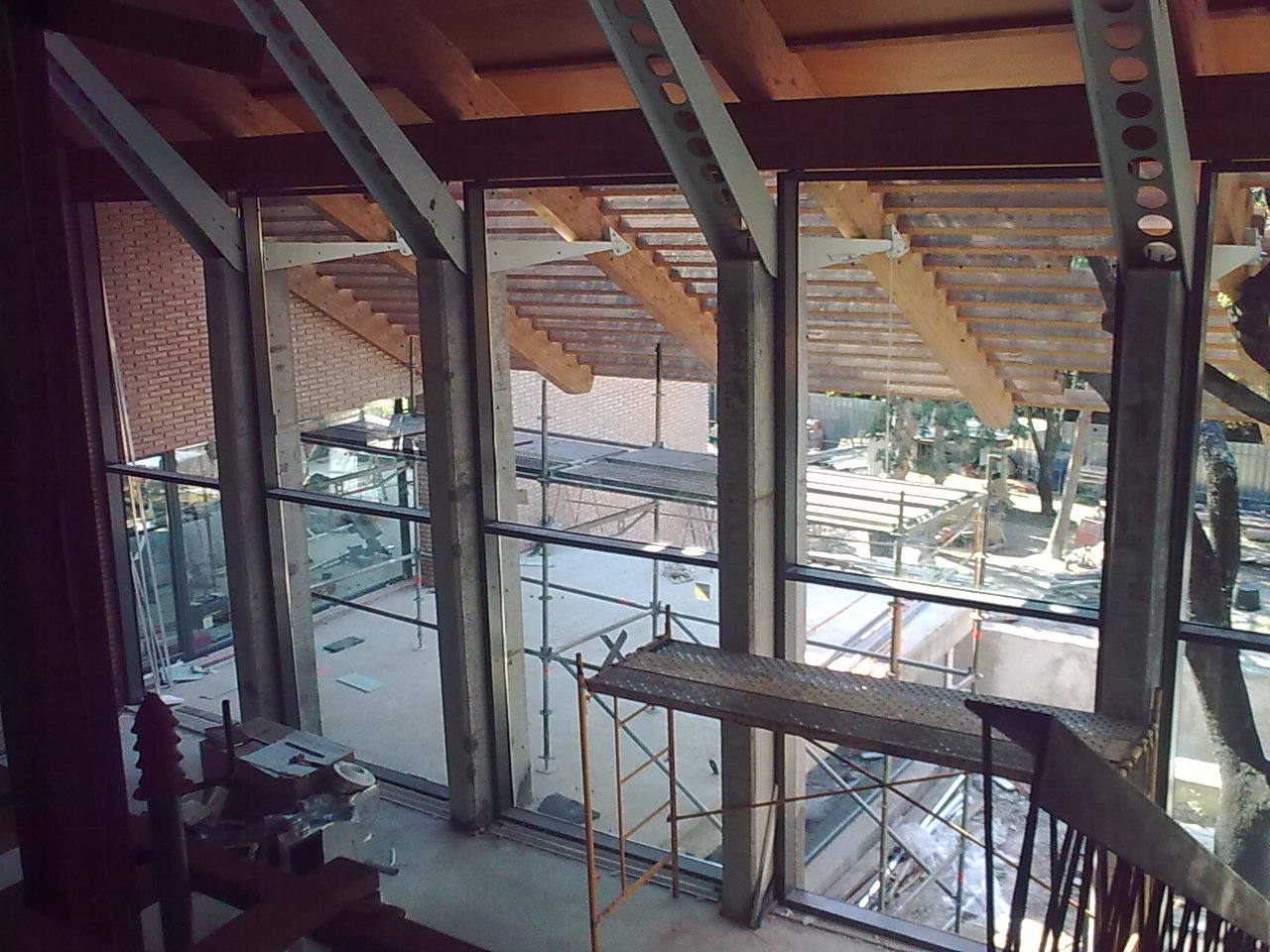 Instalacion y montaje de fachadas de cristal en madrid - Fachadas de cristal ...